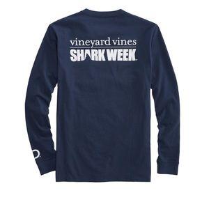 🦈 Vineyard Vines Shark Week Tee 🦈